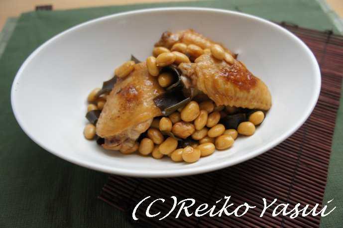 【レシピ】鶏手羽と大豆のこっくり煮_d0339678_12380283.jpg