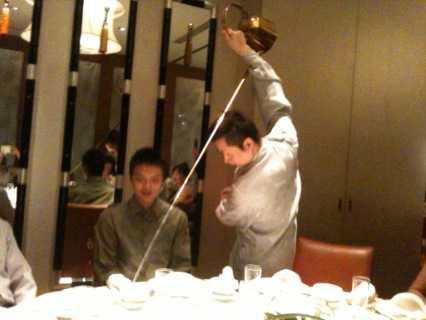 中国茶のパフォーマンスに酔うひととき_d0339678_12383008.jpg
