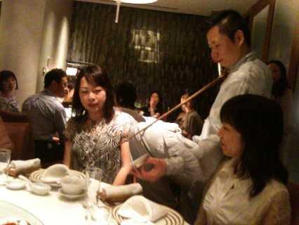 中国茶のパフォーマンスに酔うひととき_d0339678_12383048.jpg