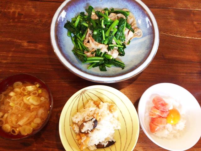 夫が作ったブランチ:豚肉と菜の花の炒め物_d0339885_12561963.jpg