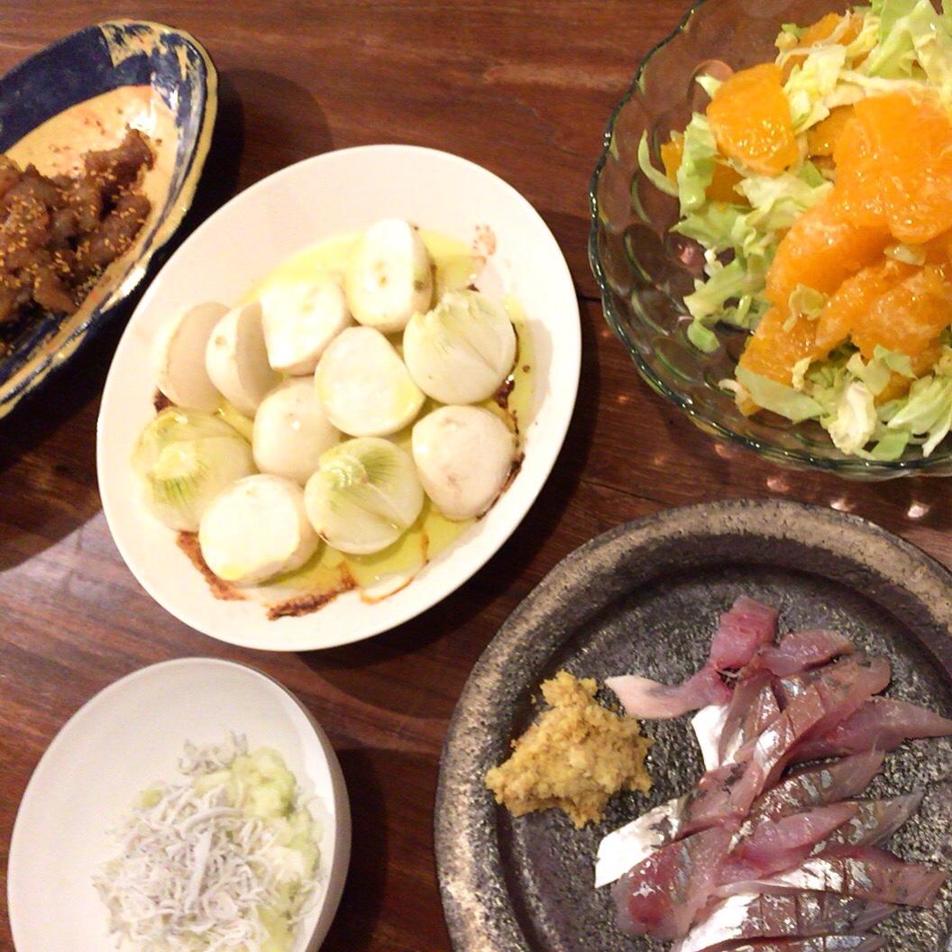 夫が作った晩御飯:カブと小さな玉ねぎのグリル焼き_d0339885_12562129.jpg