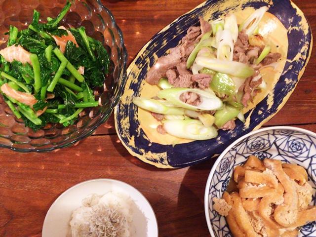 夫が作った晩御飯:羊肉のエスニック炒め_d0339885_12565072.jpg