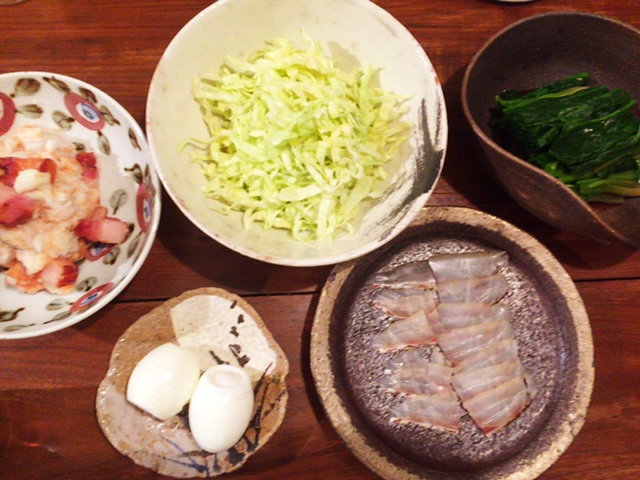 夫が作った晩御飯:茹で卵_d0339885_12570868.jpg
