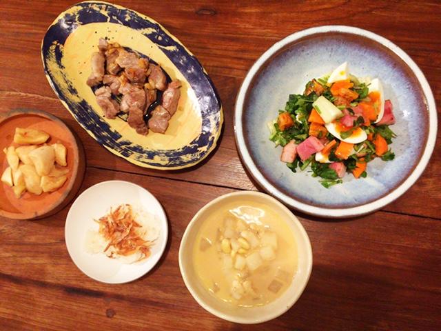 昨日の夫が作った晩御飯:豆のスープ_d0339885_12572642.jpg