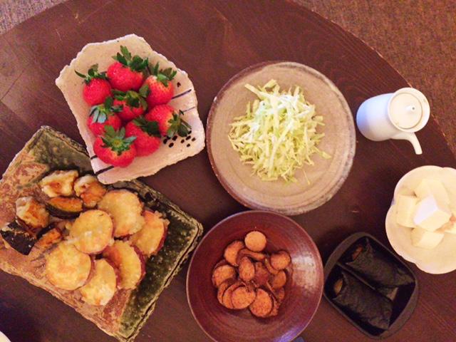 夫が作った晩御飯:里芋チップス_d0339885_12573891.jpg