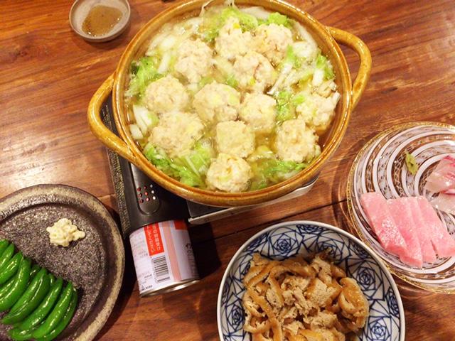 夫が作った晩御飯:鶏団子鍋_d0339885_12575446.jpg