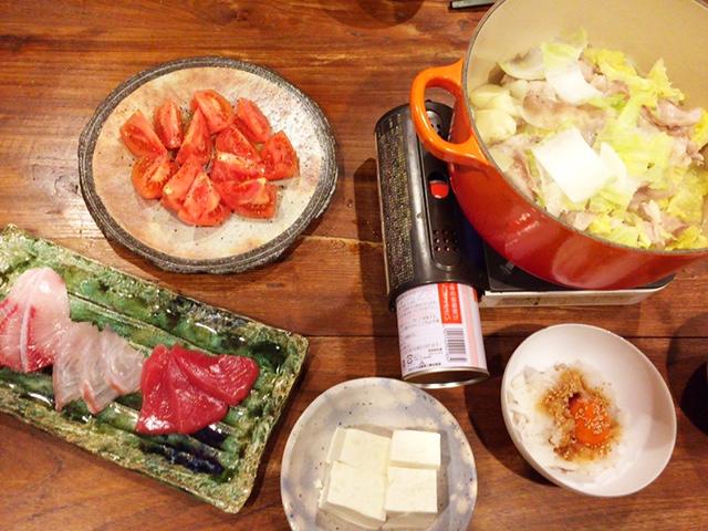 夫が作った晩御飯:にんにく鍋_d0339885_12575846.jpg