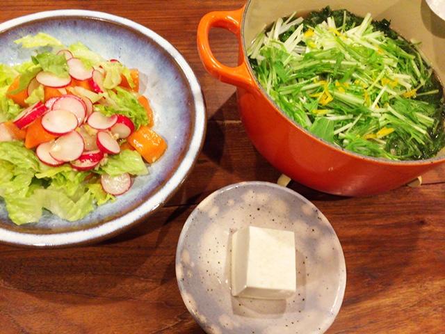 夫が作ったブランチ:柚子の香りの鍋焼きうどん_d0339885_12575973.jpg