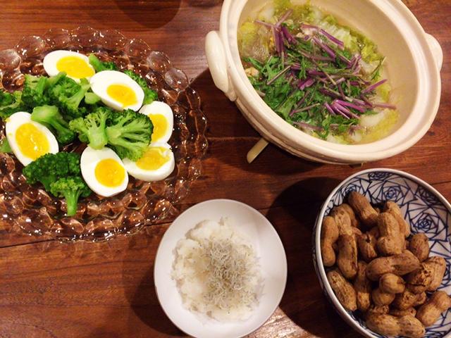 夫が作った晩御飯:アサリが入った鍋物_d0339885_12582028.jpg