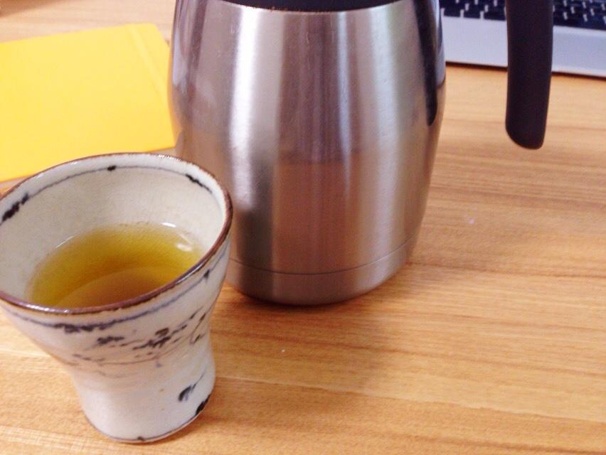 今日の夫が入れてくれたお茶:福井の金津屋_d0339885_12584167.jpg