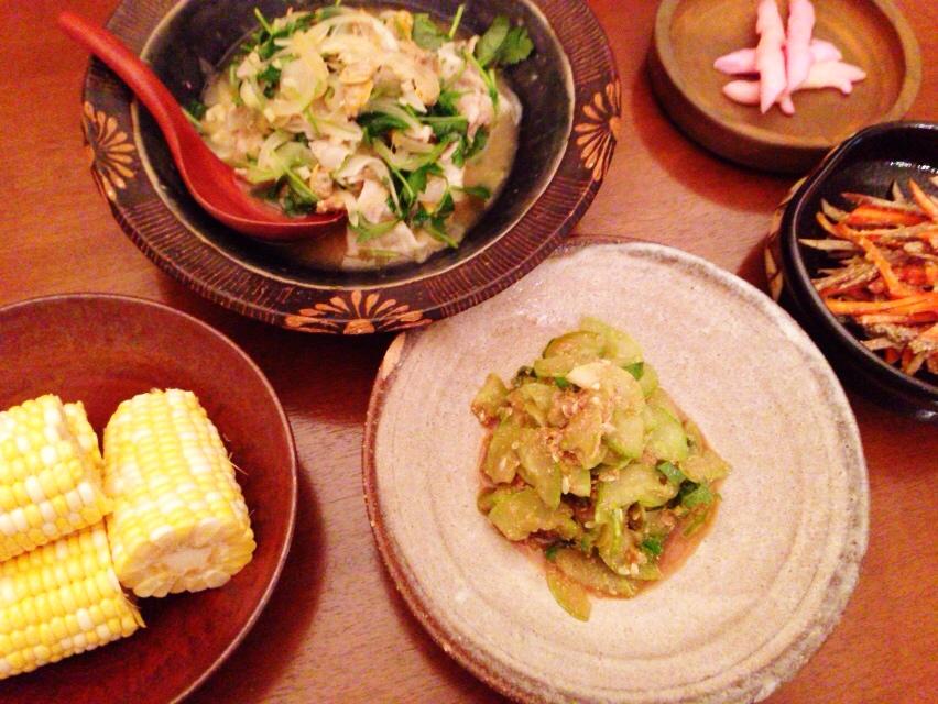 昨日の夫が作った晩御飯:豚肉とアサリの煮込み_d0339885_12590863.jpg