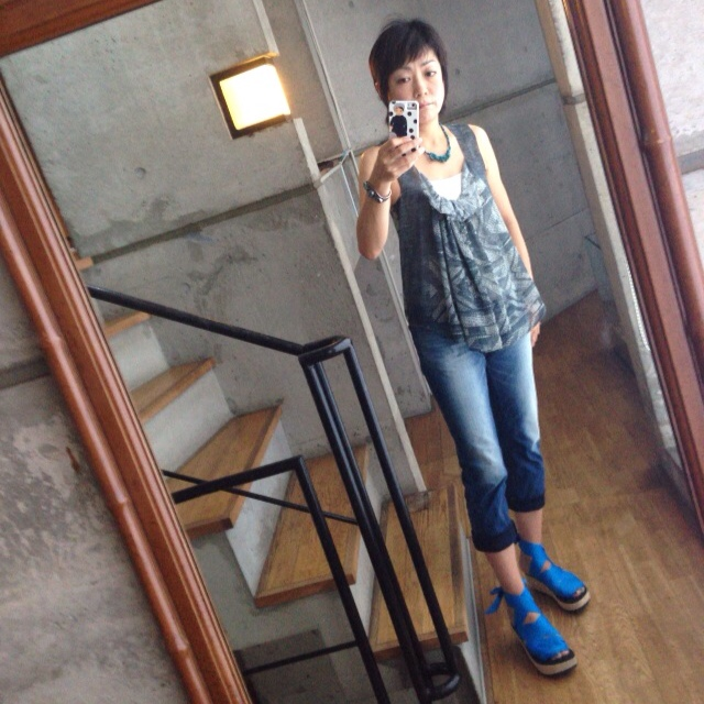 今日のファッション:クロエのブラウス_d0339885_12592907.jpg