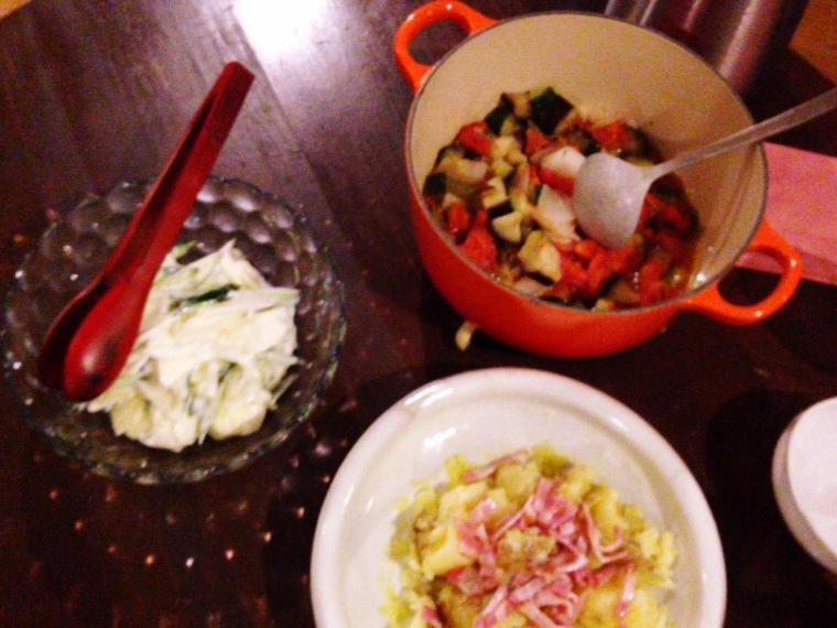 夫が作った晩御飯:ラタトゥイユ_d0339885_13000551.jpg