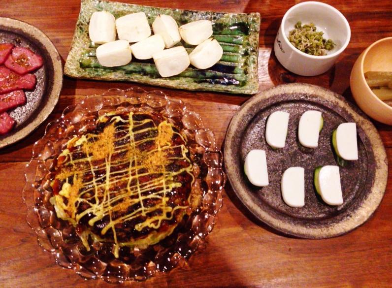 夫が作った晩御飯:お好み焼き風_d0339885_13001964.jpg
