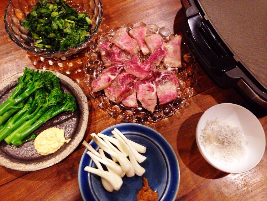 夫が作った晩御飯:牛タン_d0339885_13004200.jpg