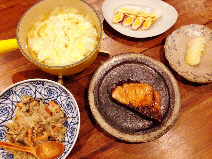 夫が作った晩御飯:ブリの照り焼き_d0339885_13020072.jpg