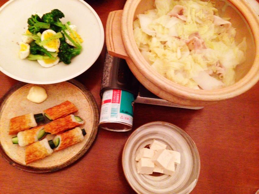 夫が作った晩御飯:卵とブロッコリーのサラダ_d0339885_13024247.jpg