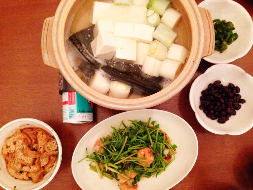 夫が作った晩御飯:海老とセリの味噌炒め_d0339885_13025649.jpg