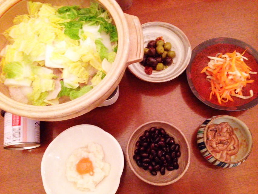 夫が作った晩御飯:にんにく鍋_d0339885_13025860.jpg