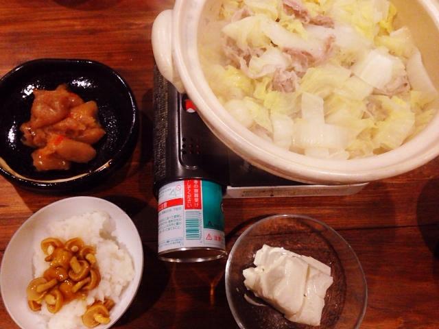 風邪で熱もあるのに夫が作ってくれた晩御飯:ニンニク鍋_d0339885_13035906.jpg
