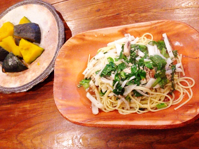夫が作ったブランチ:オイルサーディンと野菜のパスタ_d0339885_13040586.jpg