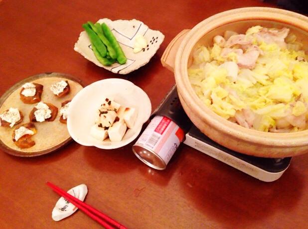 夫が作った晩御飯:柿とクリームチーズ_d0339885_13041070.jpg