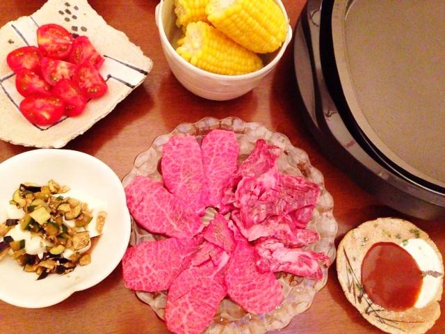 夫が作った晩ご飯:焼肉(^-^)/_d0339885_13052196.jpg