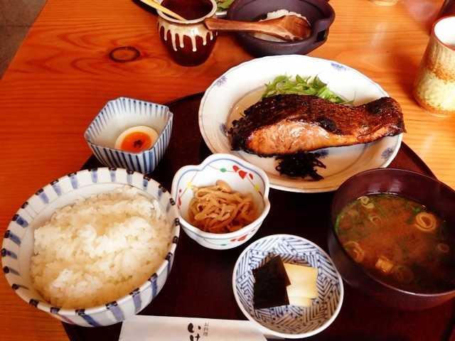 佐久にあるお魚がおいしい和食屋さん:お料理 いけだ_d0339885_13054288.jpg