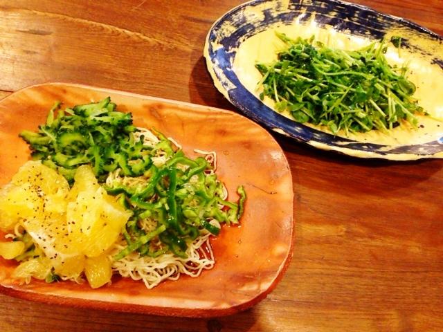 夫が作ったブランチ:夏野菜たっぷりの冷やし中華_d0339885_13055234.jpg
