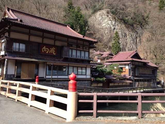 春の福島へ行ってきた(2):会津東山温泉 向瀧は超満足の老舗旅館!_d0339885_13065300.jpg