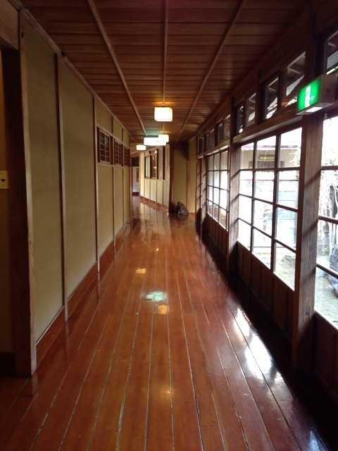 春の福島へ行ってきた(2):会津東山温泉 向瀧は超満足の老舗旅館!_d0339885_13065494.jpg