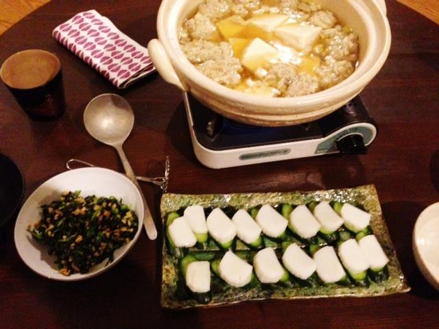 夫が作った晩ご飯:湯豆腐とツクネの鍋_d0339885_13071203.jpg