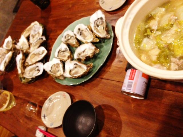 夫が作った晩ご飯:生牡蠣三昧_d0339885_13071833.jpg