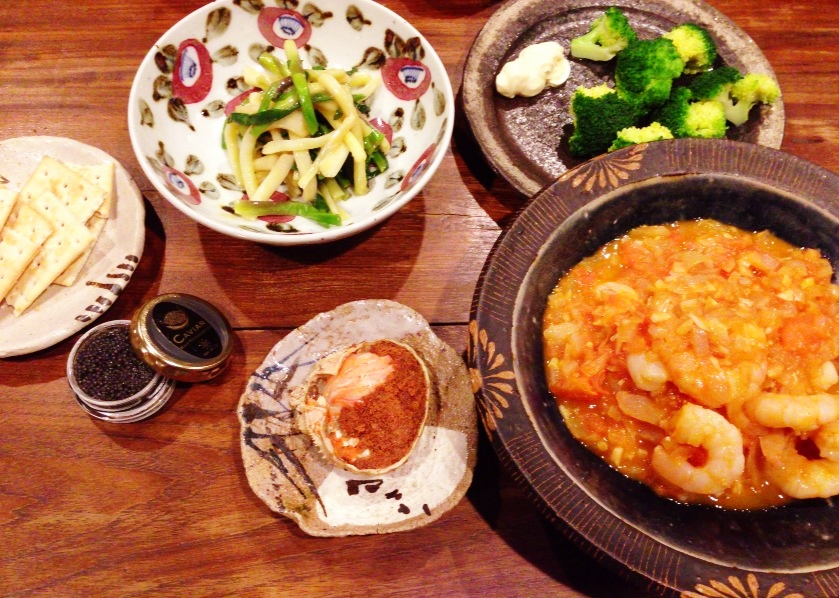 夫が作った晩ご飯:海老チリ_d0339885_13072999.jpg