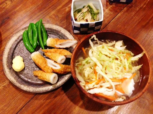 夫が作ったブランチ:野菜たっぷりラーメン_d0339885_13075153.jpg