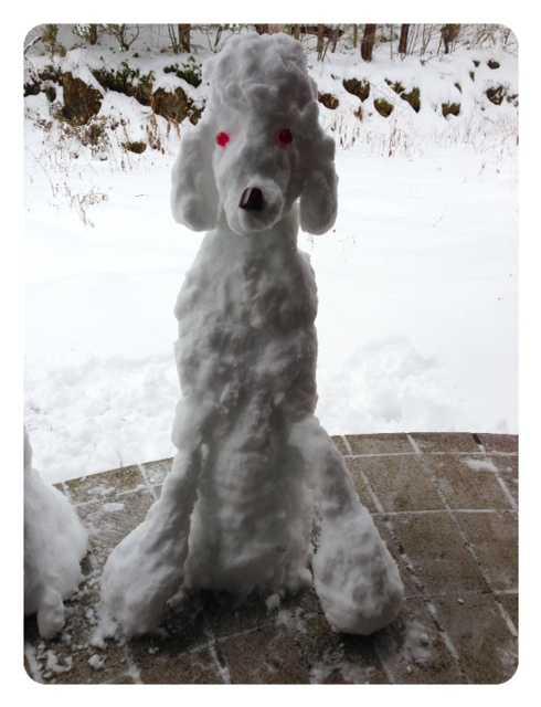 我ながらいい出来かもー♪愛犬たちの等身大雪だるま_d0339885_13083393.jpg