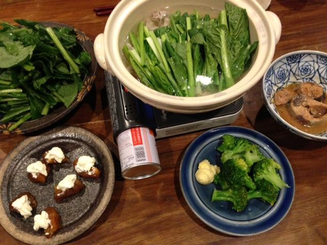 夫が作った晩ご飯:豚肉とほうれん草の鍋_d0339885_13451633.jpg