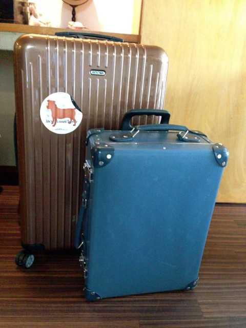 旅の荷物はこんな感じでパッキング:グローブトロッター&トートバッグ_d0339885_13461452.jpg