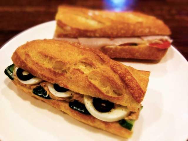 小麦の味がしっかりするフランスパンのサンドイッチ:中目黒のシャポードパイユ_d0339885_13461621.jpg