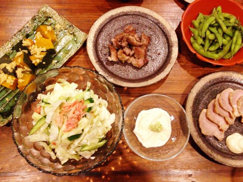 夫が作った晩ご飯:ハーブたっぷりの牛肉を焼いて_d0339885_13461910.jpg