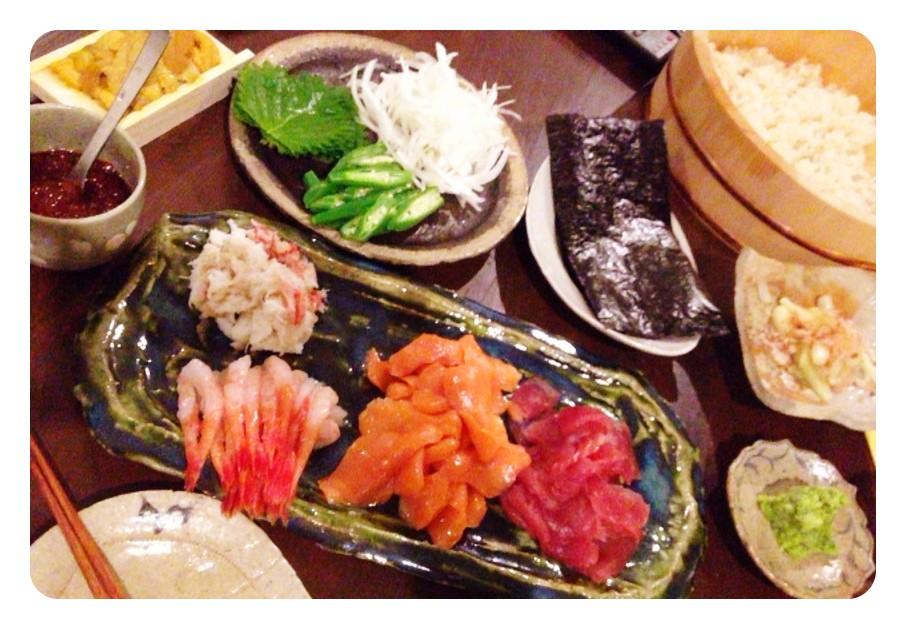 夫の作った晩ご飯:手巻き寿司_d0339885_13463701.jpg