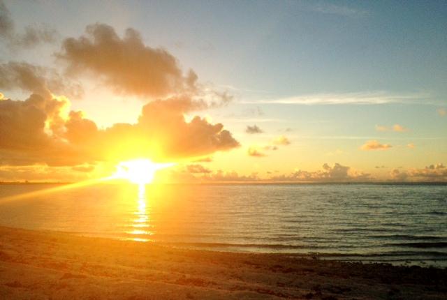 海岸で日の出_d0339885_13465107.jpg
