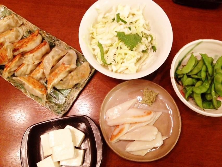 夫の作った晩ご飯:キャベツの塩もみとシソ和え_d0339885_13471131.jpg