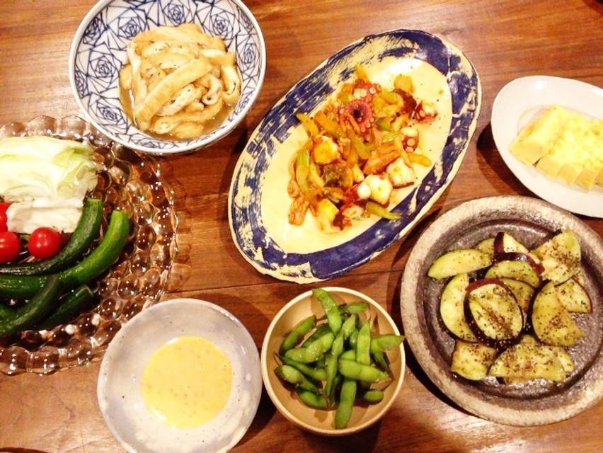 夫の作った晩ご飯:タコとセロリの炒め物_d0339885_13472333.jpg