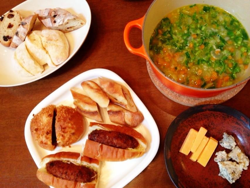 夫の作ったブランチ:温かい野菜スープ_d0339885_13473374.jpg