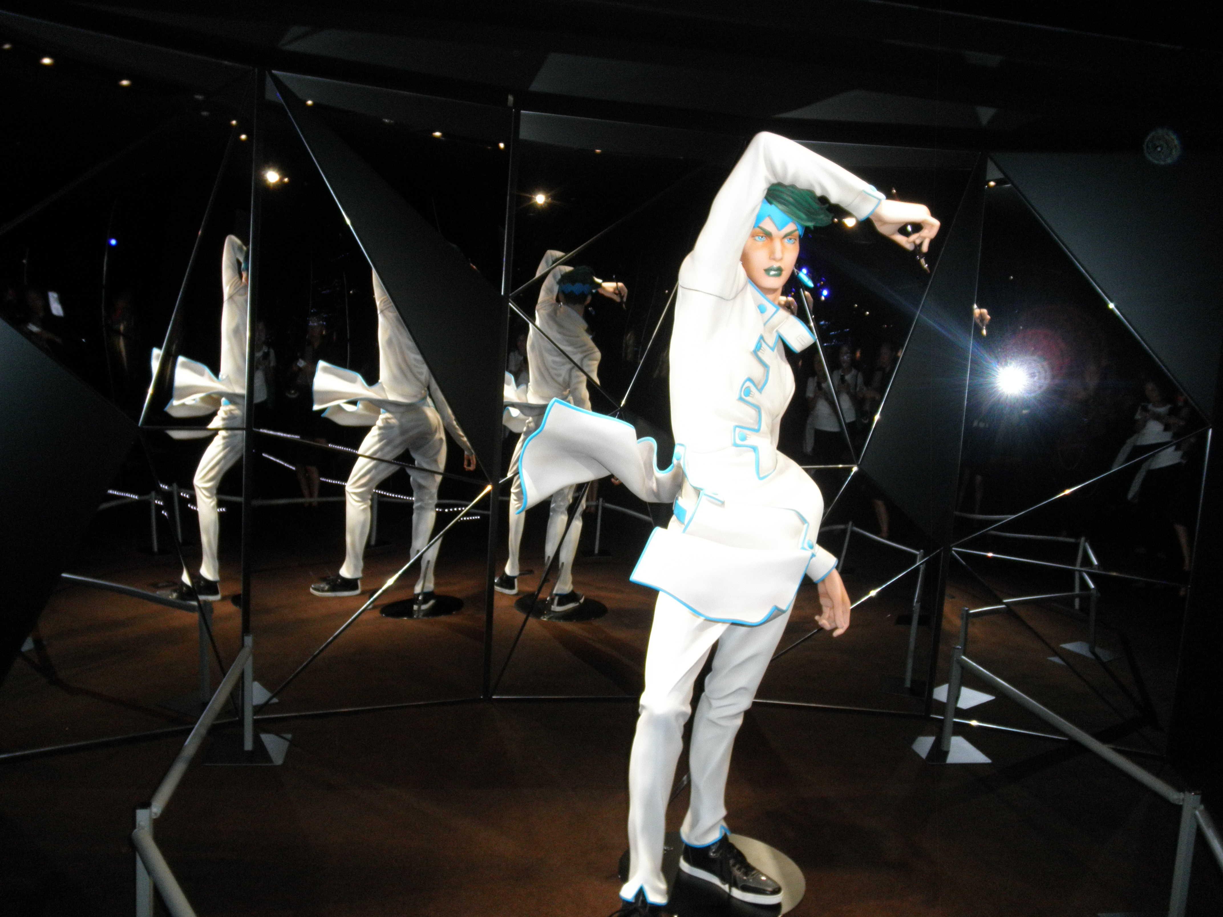 Gucci新宿店リニュアルオープン_d0339890_12333933.jpg