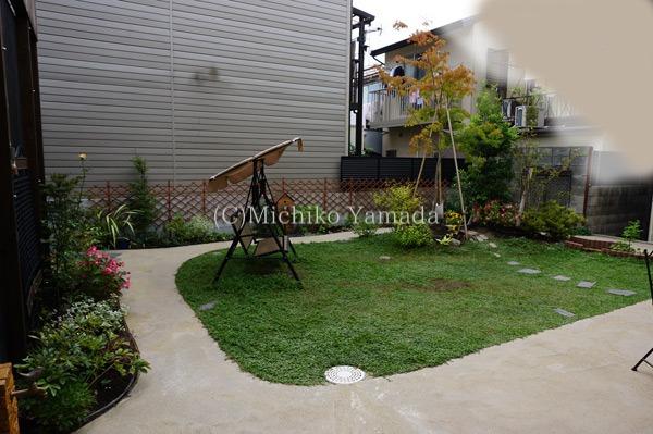 三世代の憩いのお庭。竣工から一年です。_a0139105_1504732.jpg