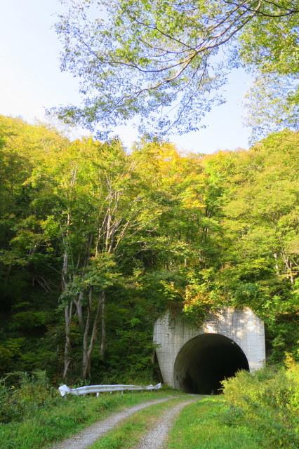 湯沢市・三本槍山トンネル~サプライズ_a0214206_13080942.jpg