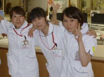 1あゆみ病棟新人看護師のご紹介_a0192843_08571358.jpg