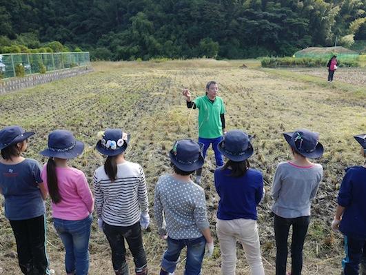 お子様向けイベント「稲刈り体験」を実施しました。_d0284244_17512855.jpg